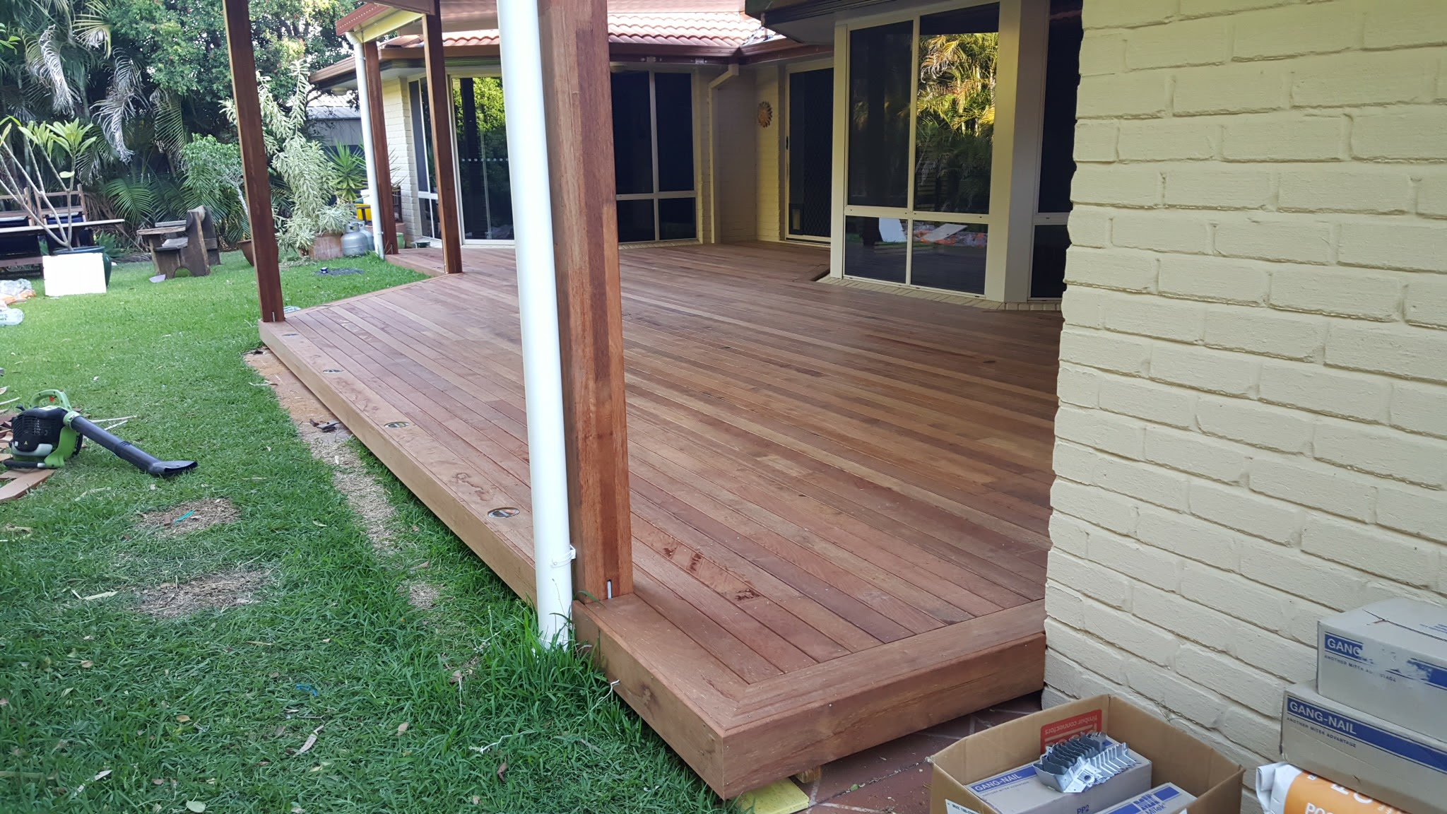 PICTURE FRAME DECK BRISBANE (2)