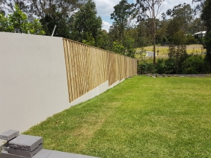 lapped and capped fence